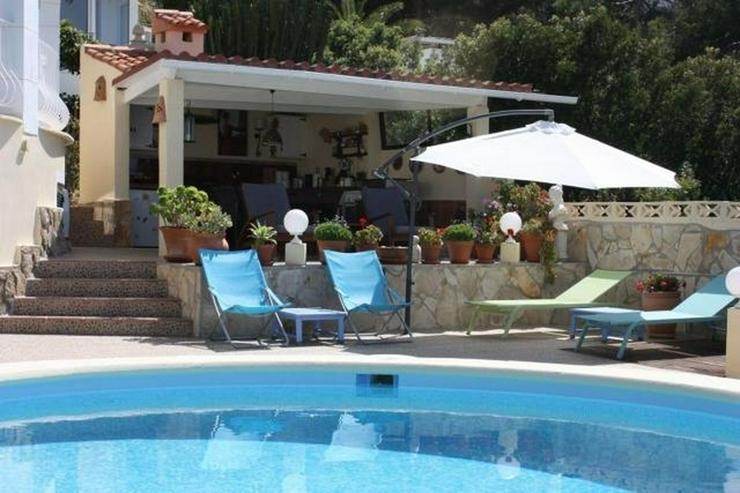 Bild 3: Sehr schöne Villa mit Pool und Meerblick, neu renoviert, verglaste Terrasse, ZH, Garage, ...