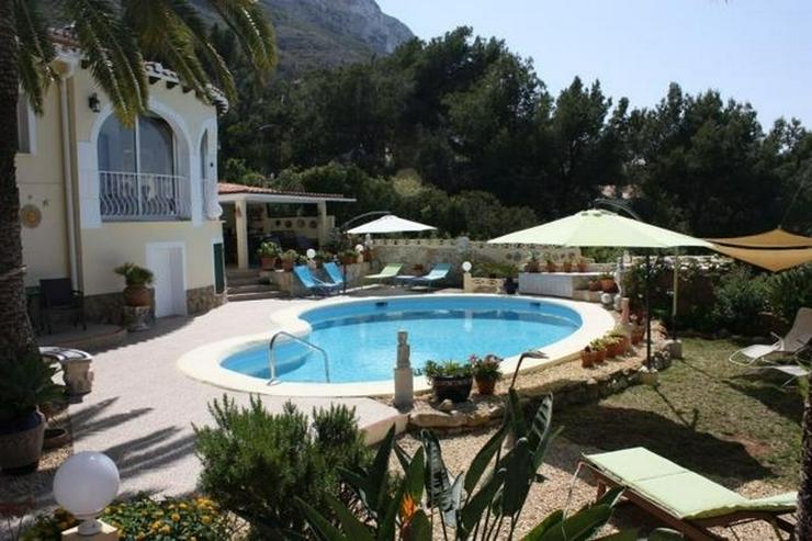 Bild 4: Sehr schöne Villa mit Pool und Meerblick, neu renoviert, verglaste Terrasse, ZH, Garage, ...