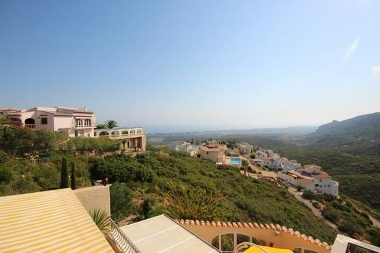 Bild 3: Hochwertig ausgestattete Villa mit herrlicher Aussicht auf das Meer und in die Berge, Saun...