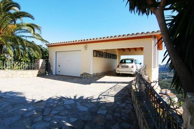 Bild 5: Hochwertig ausgestattete Villa mit herrlicher Aussicht auf das Meer und in die Berge, Saun...