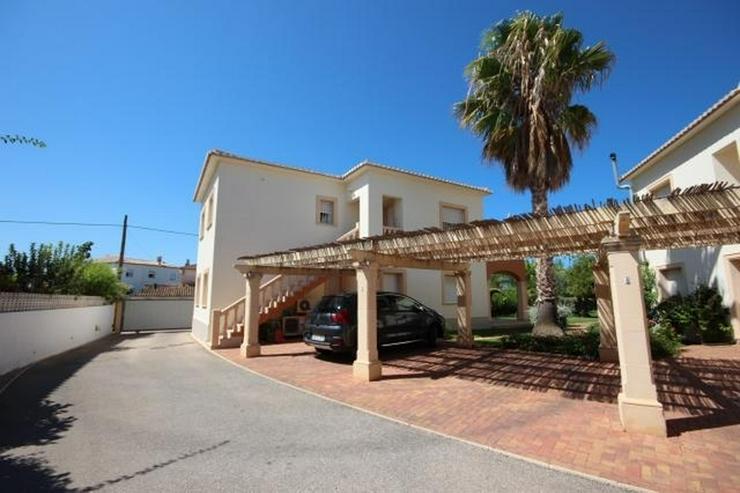 Bild 5: Neuwertige Wohnung direkt neben dem Strand gelegen, ruhig und sonnig das ganze Jahr über.