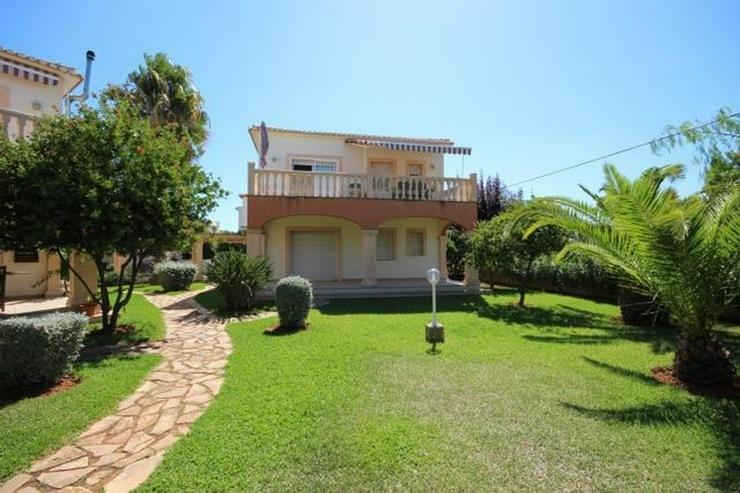 Neuwertige Wohnung direkt neben dem Strand gelegen, ruhig und sonnig das ganze Jahr über. - Wohnung kaufen - Bild 1