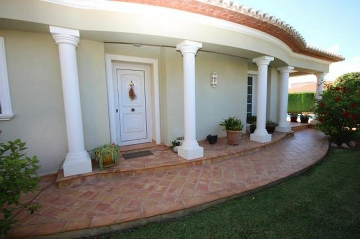 Bild 18: Gepflegte Villa mit traumhaftem Garten, Doppelgarage, Carport, WIGA, Fussbodenheizung, BBQ...
