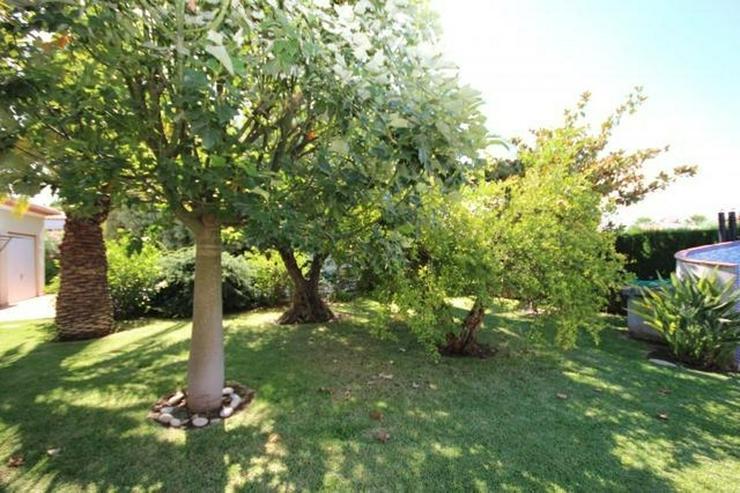 Bild 16: Gepflegte Villa mit traumhaftem Garten, Doppelgarage, Carport, WIGA, Fussbodenheizung, BBQ...