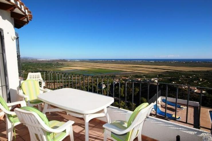Bild 5: Villa mit 3 Schlafzimmer,Pool, große Terrasse und schönem Meerblick mit viel Ausbaupoten...