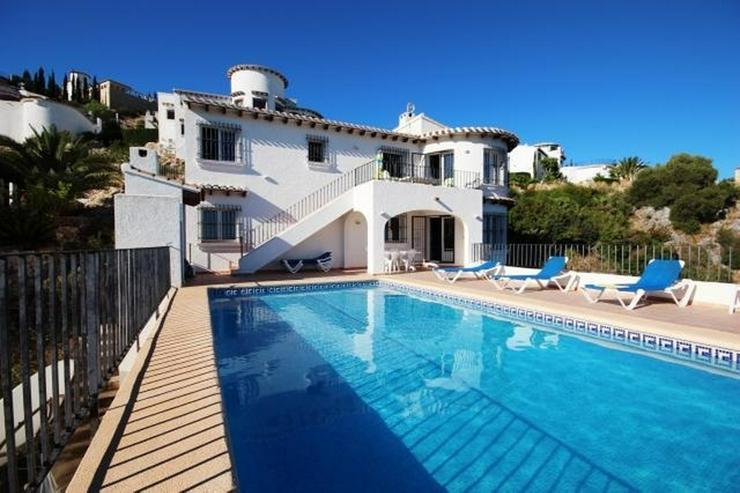 Villa mit 3 Schlafzimmer,Pool, große Terrasse und schönem Meerblick mit viel Ausbaupoten... - Haus kaufen - Bild 1