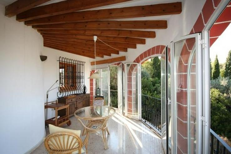 Bild 5: Ruhig gelegene 3 Schlafzimmer Villa mit herrlicher Fern / Meersicht