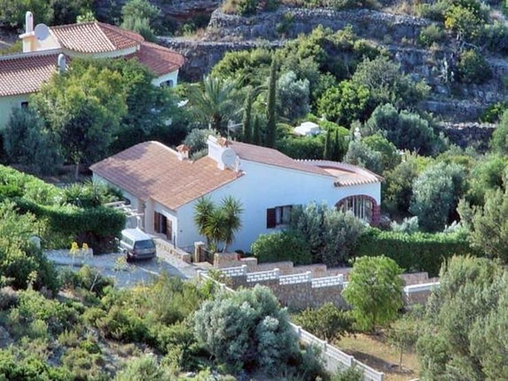 Ruhig gelegene 3 Schlafzimmer Villa mit herrlicher Fern / Meersicht - Haus kaufen - Bild 1