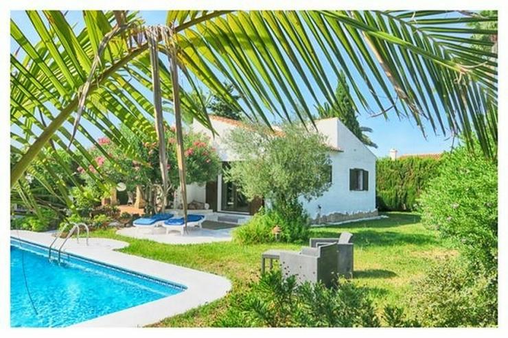 Bild 2: Leben in einem Haus mit einem Traumgarten nur 5 Minuten vom Meer in Els Poblets