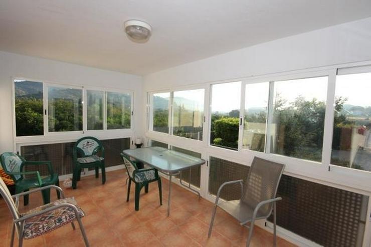 Bild 5: Typisch, spanische Finca mit Orangenplantage, 3 Schlafzimmer, 2 Bäder, Keller, Brunnen, e...