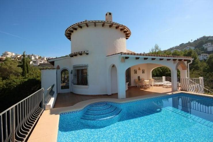 Sehr gepflegte Villa mit großem, privatem Grundstück am Monte Pego mit Pool, BBQ, Zentra... - Haus kaufen - Bild 1
