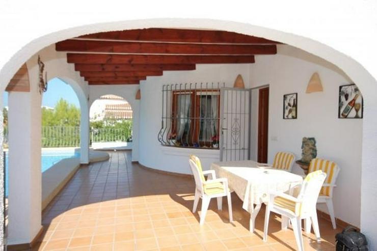 Bild 4: Sehr gepflegte Villa mit großem, privatem Grundstück am Monte Pego mit Pool, BBQ, Zentra...
