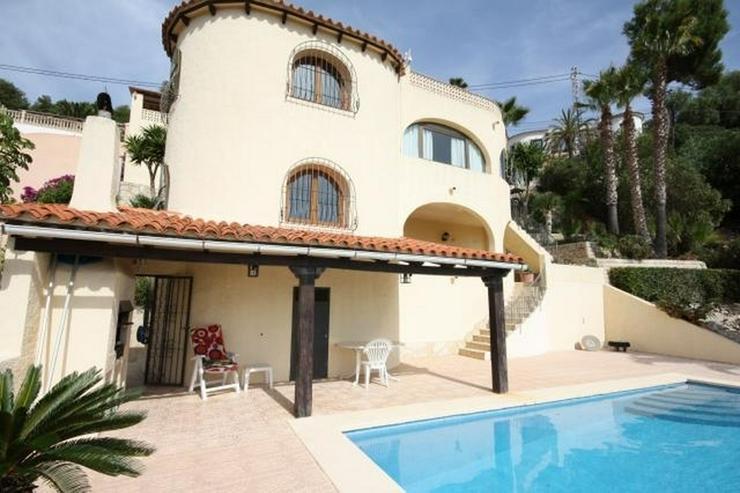 Villa mit 3 Schlafzimmern, 2 Bädern, großem Privatpool und traumhafter Meersicht - Haus kaufen - Bild 1