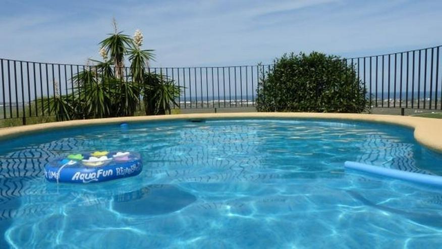 Bild 3: Gepflegte Villa mit Pool und spektakulärer Fernsicht über die Reisfeld bis zum Meer