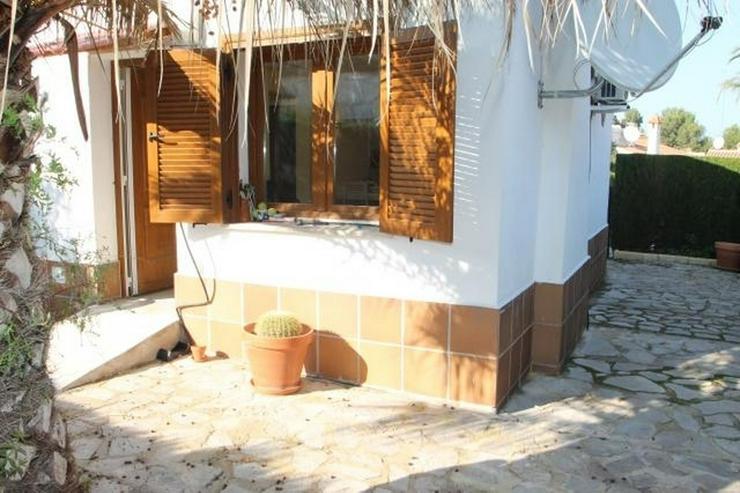 Bild 2: Privater 2 Schlafzimmer-Bungalow in schöner Wohngegend und mit Gemeinschaftspool