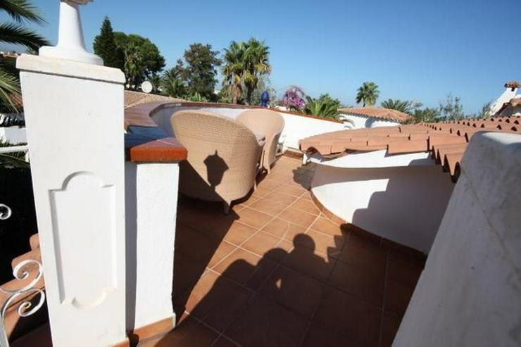 Stadtnahe, sonnenverwöhnte 2 Schlafzimmer Villa in Denia - Haus kaufen - Bild 2