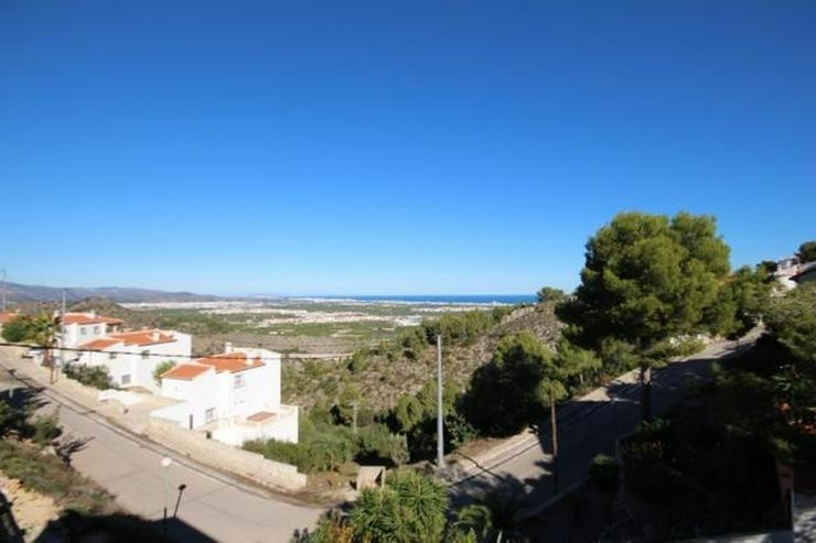 Bild 2: Einzigartige Villa mit herrlichem Meerblick.