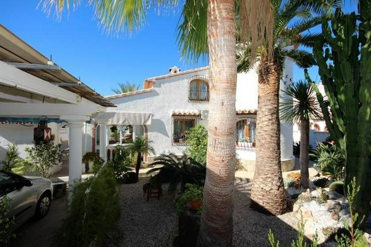 Bild 3: Meeresnahe Villa in Els Poblets, 6 Zimmer, Heizung, Kamin, Klima, Carport, Pool, BBQ