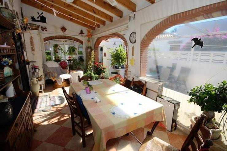 Bild 6: Meeresnahe Villa in Els Poblets, 6 Zimmer, Heizung, Kamin, Klima, Carport, Pool, BBQ