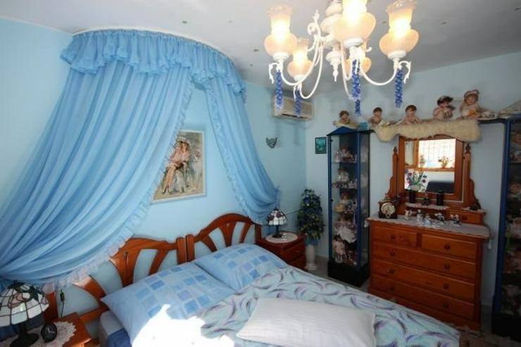 Bild 9: Meeresnahe Villa in Els Poblets, 6 Zimmer, Heizung, Kamin, Klima, Carport, Pool, BBQ