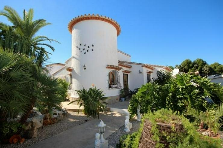 Bild 1: Meeresnahe Villa in Els Poblets, 6 Zimmer, Heizung, Kamin, Klima, Carport, Pool, BBQ