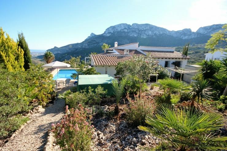 Bild 4: NEU ! Villa am Monte Pego, Meerblick, Bergblick, Panorama, Pool, Whirlpool, BBQ, 3 SZ , WZ...