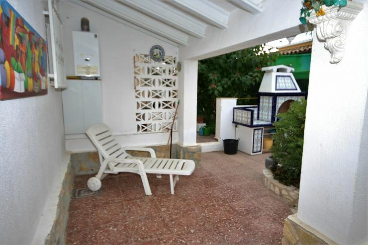 Bild 6: Meeresnahe Villa in Els Poblets , eigener Pool, BBQ, Dachterrasse, 1 WZ, 3 SZ, 2 BZ, Kamin...
