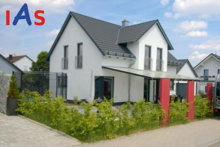 Bild 2: Neubau: Schicke Doppelhaushälfte in 1A-Lage, Baulücke, in Pfaffenhofen a. d. Ilm zu verk...