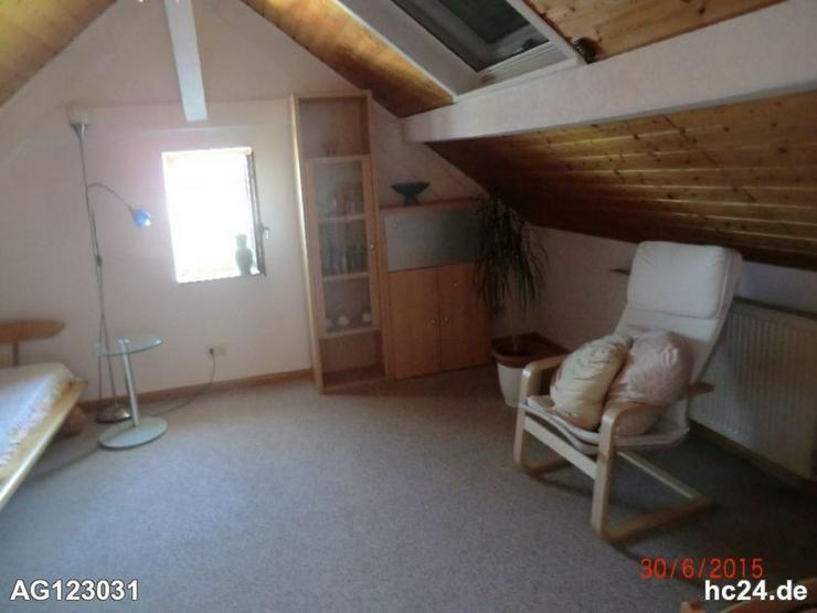 Bild 2: Möblierte Dachgeschosswohnung zentral in Wehr, befristet