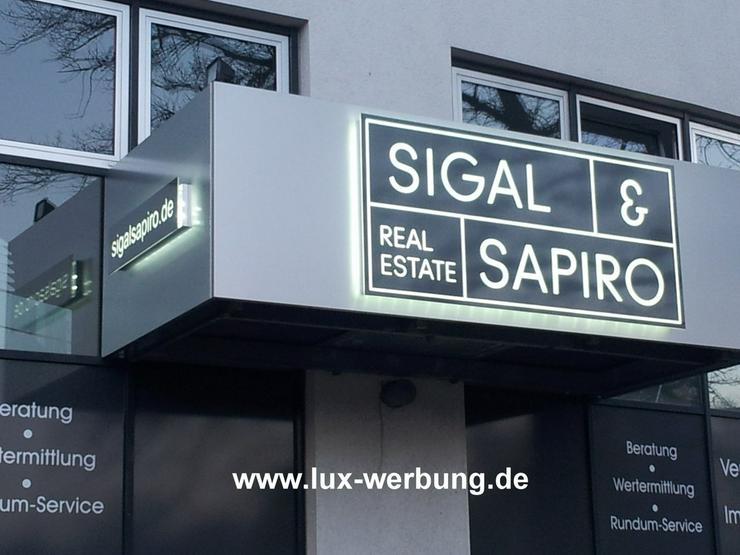 Bild 2: Außenwerbung Fassadenwerbung beleuchtet 3D LED