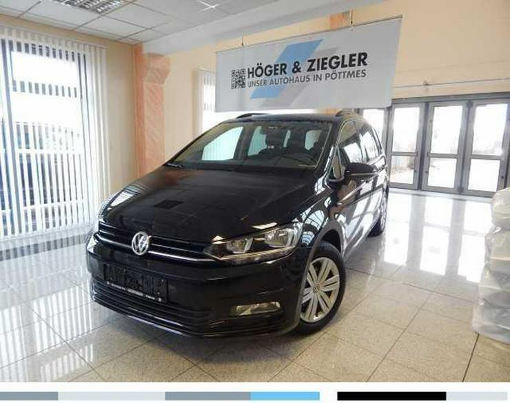 VW Touran 1.6 TDI SCR BMT Trendline Navi 7-Sitzer Climatronic ACC PDC SHZ