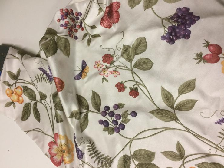 Bild 3: Dekostoffe florale Fantasie 1 und 2