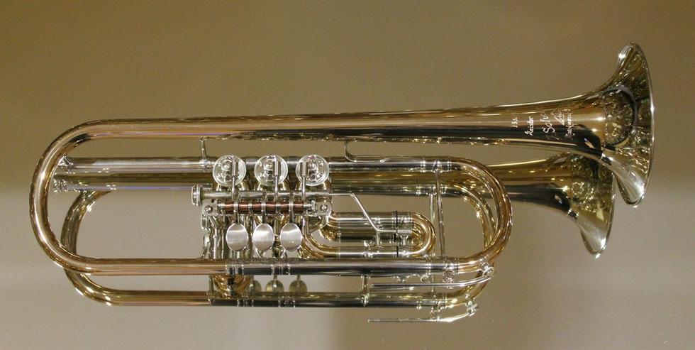Meister J. Scherzer Konzerttrompete Goldmessing - Blasinstrumente - Bild 1