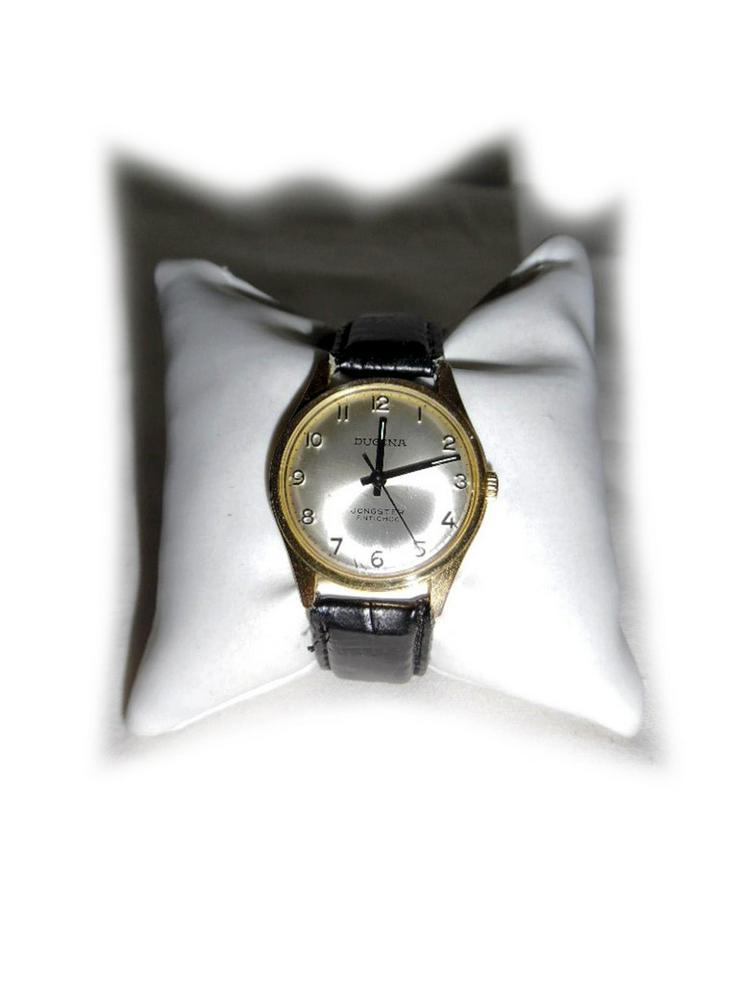 Elegante Armbanduhr von Dugena