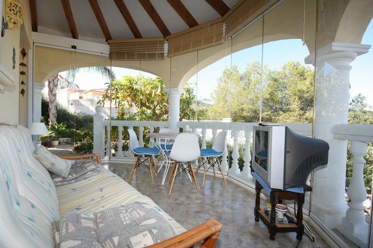 Bild 6: Sehr gepflegte 2 Schlafzimmer Villa mit 2 Badezimmern, separatem Appartement, Privatpool u...