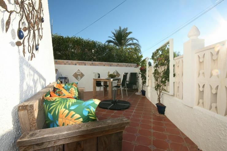 Bild 2: Moderne 2 Schlafzimmer Villa, 2 separate Wohneinheiten in Els Poblets