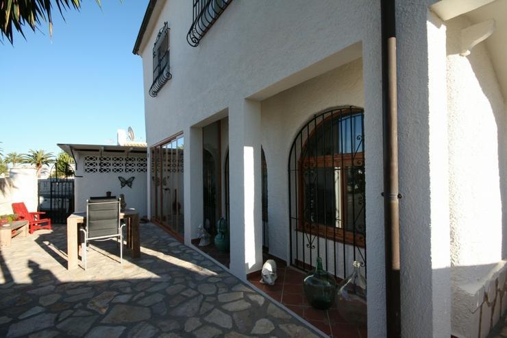 Bild 6: Moderne 2 Schlafzimmer Villa, 2 separate Wohneinheiten in Els Poblets