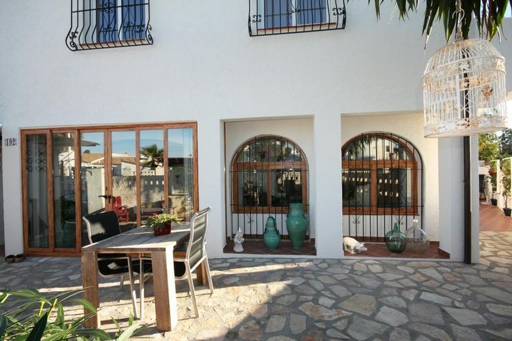 Bild 3: Moderne 2 Schlafzimmer Villa, 2 separate Wohneinheiten in Els Poblets