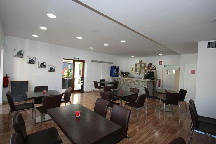Bild 5: Existenzgründung: Beliebtes, neu renoviertes Restaurant mit Gartenterrasse und einer Wohn...