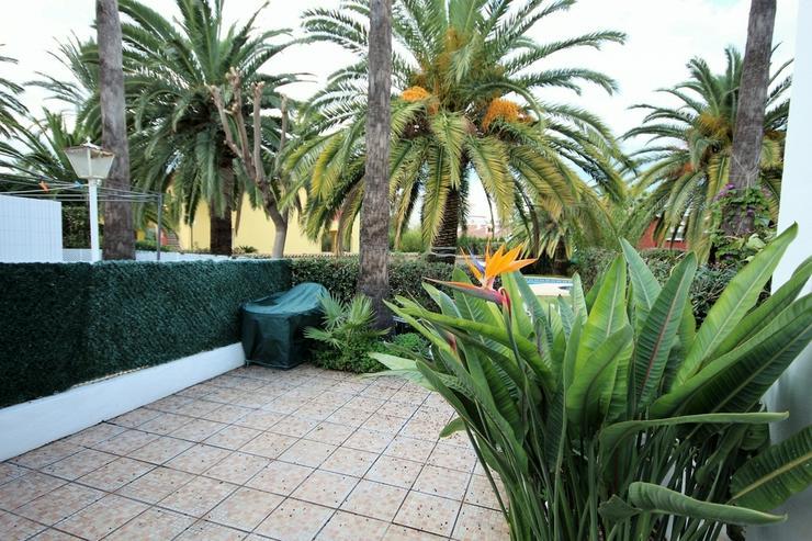 Bild 4: Liebevoll eingerichtetes Reihenhaus in Denia , Pool, 300 m zum Strand, 2 SZ, 1 WZ mit Kami...