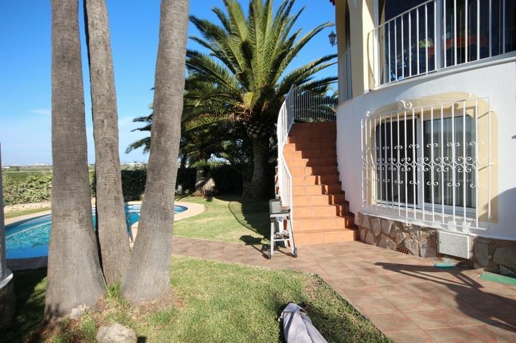 Bild 4: Sehr gepflegte Villa in Oliva mit Privatpool und herrlichen Ausblick.