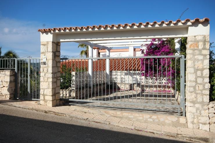Bild 5: Sehr gepflegte Villa in Oliva mit Privatpool und herrlichen Ausblick.