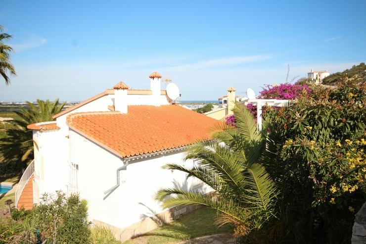 Bild 3: Sehr gepflegte Villa in Oliva mit Privatpool und herrlichen Ausblick.