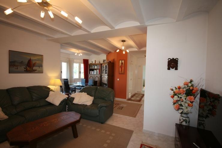 Bild 6: Sehr schöne und imposante Villa mit 2-3 Schlafzimmern und Privatpool in Denia
