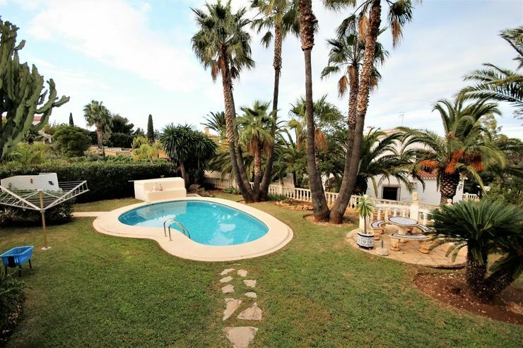 Bild 2: Entzückende Villa in ruhiger Sackgasse in Denia