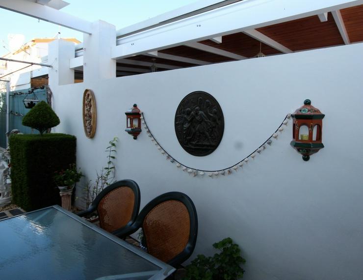Bild 16: MJ-0117 Charmante kleine Dhh / Villa mit 4 Zimmern, 2 Bädern, 300m vom Strand entfernt.
