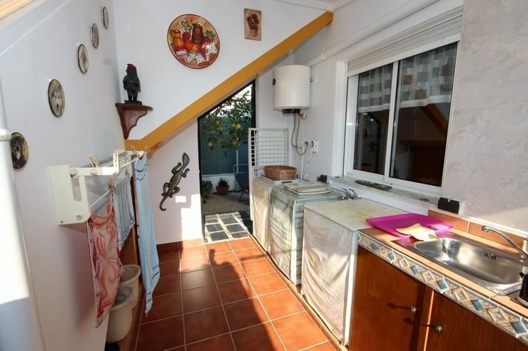Bild 13: MJ-0117 Charmante kleine Dhh / Villa mit 4 Zimmern, 2 Bädern, 300m vom Strand entfernt.