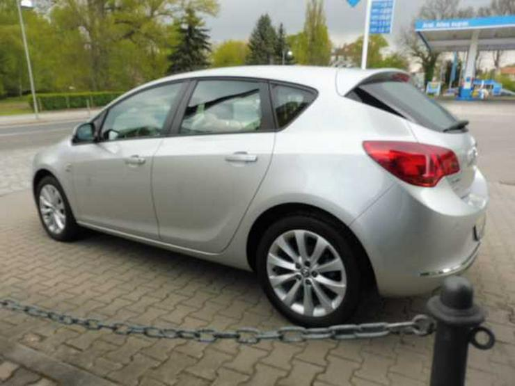 Bild 3: OPEL Astra 1.4 Sitz-/Lenkradhzg. Parkpilot Tempomat