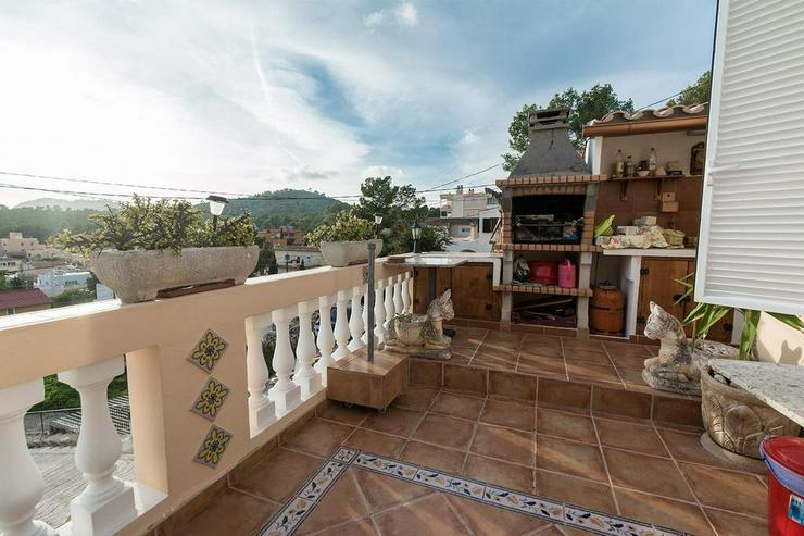 Bild 3: Sonnige Villa mit schöner Aussicht und großen Terrassen