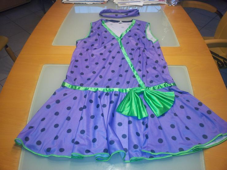 Charleston Kleid Größe 44 Lila mit Halsband